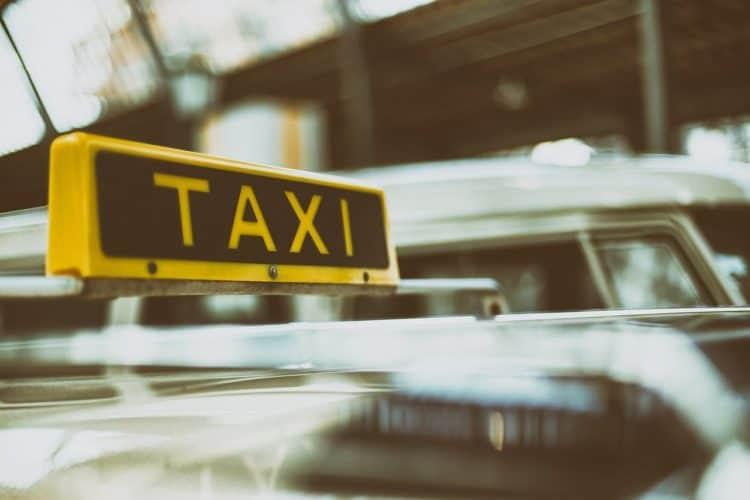 Licenciamento de Taxistas – Regras, cadastro e mais!